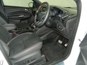 Ford Kuga 2.0 Tdci ST AWD Powershift - Image 11