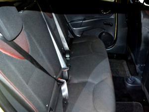 Renault Clio IV 1.2 Authentique 5-Door - Image 7