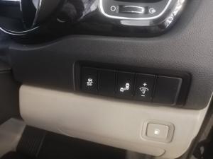 Kia Grand Sedona 2.2 Crdi SXL automatic - Image 15