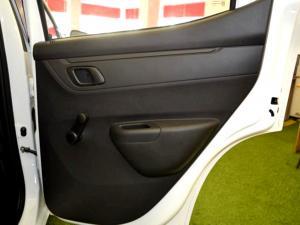 Renault Kwid 1.0 Dynamique 5-Door - Image 10