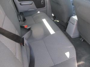 Nissan Hardbody NP300 2.4i 4X4D/C - Image 9