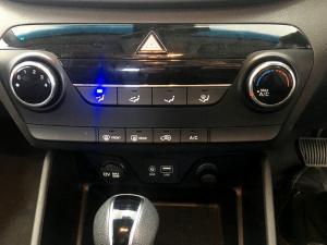 Hyundai Tucson 2.0 Premium automatic - Image 15