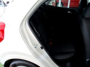 Kia Picanto 1.0 Style - Image 12
