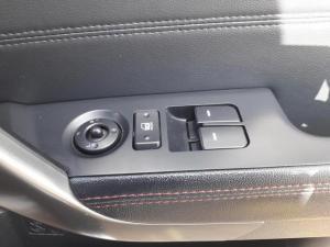 Kia Cerato 2.0 Koup automatic - Image 10