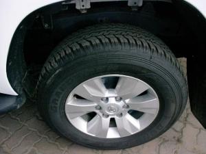 Toyota Hilux 2.4 GD-6 SRX 4X4 automaticD/C - Image 9