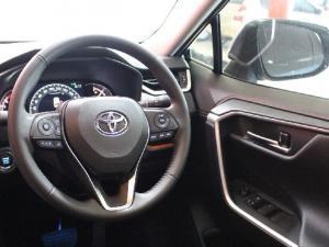 Toyota RAV4 2.0 AWD GX-R - Image 9