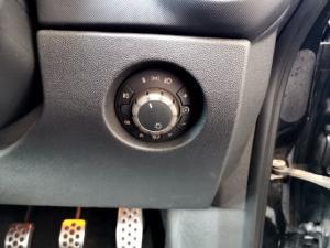 Opel Corsa 1.6 Turbo Sport - Image 13