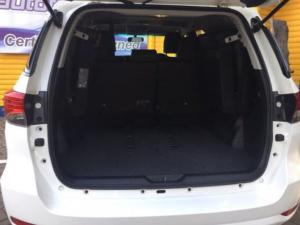 Toyota Fortuner 2.4GD-6 4X4 automatic - Image 10