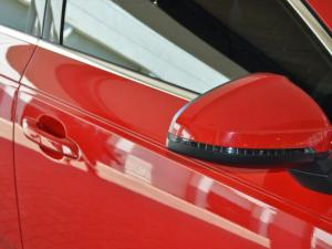 Audi A4 2.0 TDI Sport Stronic - Image 3