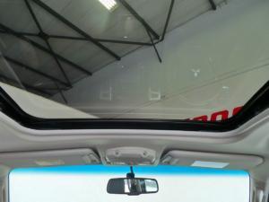 Mitsubishi Pajero 5-door 3.2DI-D GLS - Image 9