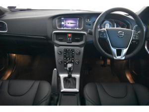 Volvo V40 T4 Inscription auto - Image 7