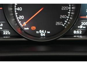 Volvo V40 T4 Inscription auto - Image 12