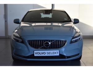 Volvo V40 T4 Inscription auto - Image 2