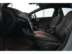 Volvo V40 T4 Inscription auto - Image 8