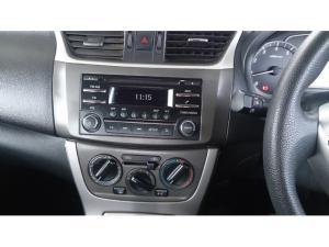 Nissan Sentra 1.6 Acenta auto - Image 10