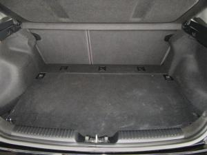 Kia Cerato hatch 2.0 EX - Image 7