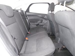 Ford Focus sedan 1.0T Ambiente auto - Image 5