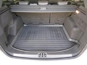 Ford Kuga 2.0TDCi AWD ST Line - Image 8