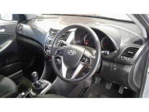 Hyundai Accent hatch 1.6 Fluid - Image 11