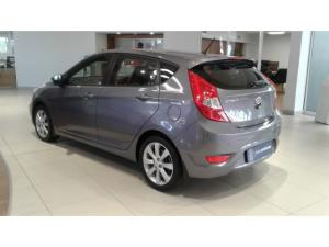 Hyundai Accent hatch 1.6 Fluid - Image 5