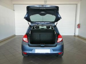 Renault Clio 1.6 Dynamique automatic - Image 5
