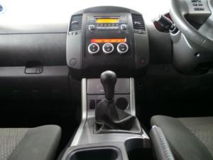 Nissan Navara 2.5dCi double cab LE - Image 12