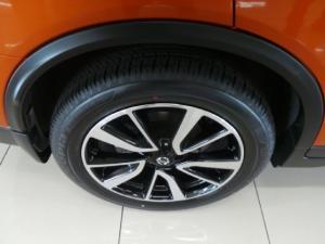 Nissan X-Trail 2.5 4x4 Tekna - Image 10