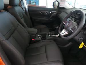Nissan X-Trail 2.5 4x4 Tekna - Image 8
