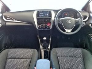 Toyota Yaris 1.5 Cross - Image 9