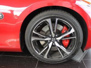 Nissan 370Z coupé automatic - Image 7