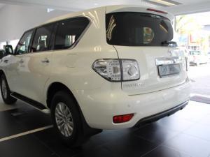 Nissan Patrol 5.6 V8 LE Premium - Image 7