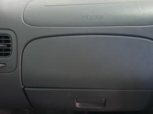 Nissan Hardbody NP300 2.5 TDi LWBS/C - Image 21