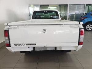 Nissan Hardbody NP300 2.5 TDi LWBS/C - Image 5