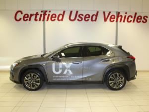 Lexus UX 200 F-SPORT - Image 2
