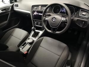 Volkswagen Golf VII 1.0 TSI Trendline - Image 2