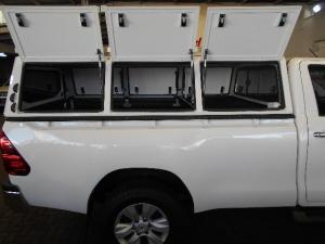 Toyota Hilux 2.8GD-6 Raider - Image 5