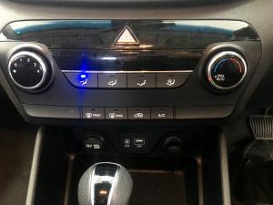 Hyundai Tucson 2.0 Premium automatic - Image 17