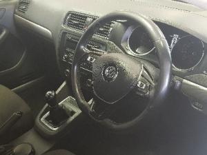Volkswagen Jetta 1.2TSI Trendline - Image 5