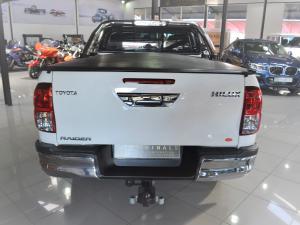 Toyota Hilux 4.0 V6 double cab Raider - Image 8