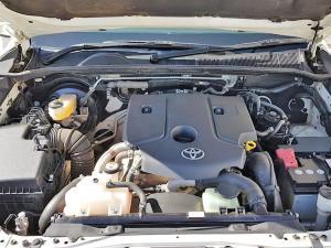 Toyota Hilux 2.8 GD-6 Raider 4X4 automaticD/C - Image 13