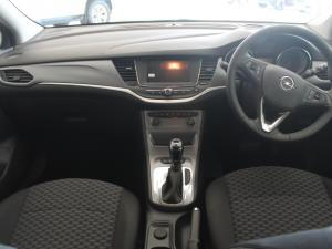 Opel Astra 1.4T Enjoy automatic - Image 8