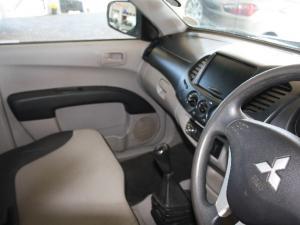 Mitsubishi Triton 2.5DI-D GLX - Image 5