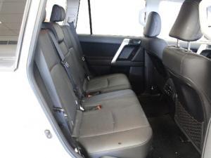 Toyota Land Cruiser Prado 3.0DT TX - Image 12