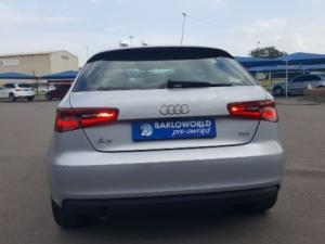 Audi A3 Sportback 1.6 TDi S Stronic - Image 11