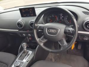 Audi A3 Sportback 1.6 TDi S Stronic - Image 2