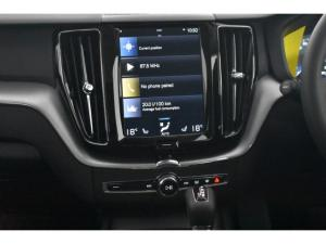 Volvo XC60 T6 AWD Momentum - Image 11