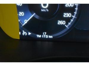Volvo XC60 T6 AWD Momentum - Image 12