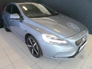 Volvo V40 T4 Inscription auto - Image 1