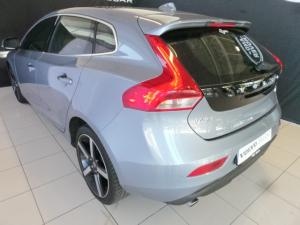 Volvo V40 T4 Inscription auto - Image 4