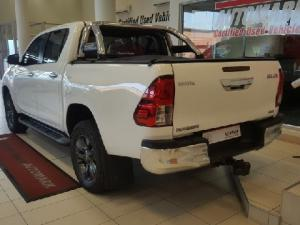 Toyota Hilux 4.0 V6 double cab 4x4 Raider - Image 3